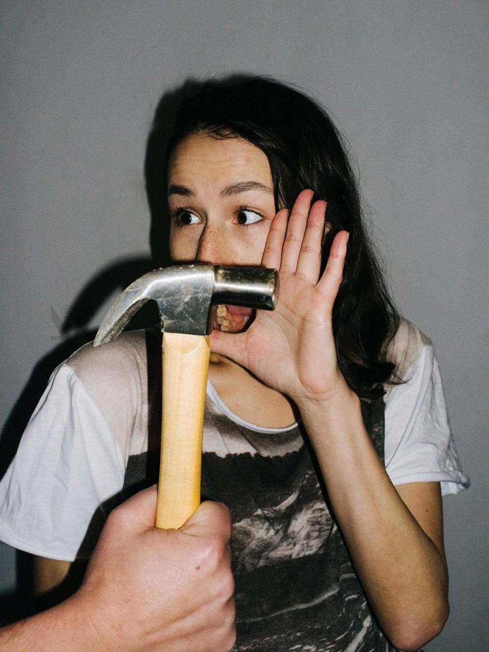 Otilia_hammer